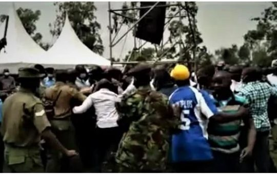Police intervene as chaos break out in Raila's event (Video)