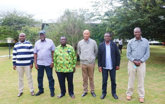 Inside Atwoli's meeting with Tuju, Murathe, Orengo, Junet Mohamed and Peter Kenneth