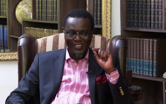 Mutahi Ngunyi attacks David Ndii with embarrassing remarks over his decision to work for DP Ruto